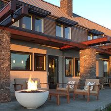 Farmhouse Patio by Rhodes Architecture + Light