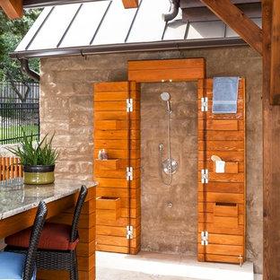 Geräumige Klassische Pergola hinter dem Haus mit Gartendusche in Austin