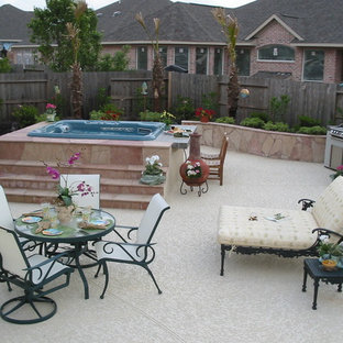 Shabby-Chic-Style Patio in Houston