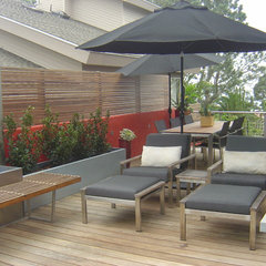 modern patio by bm studio