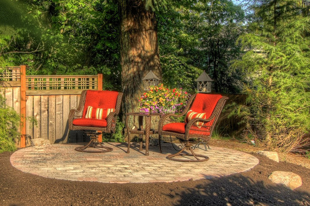 Take a spin in a swivel chair for Paradise restored landscaping exterior design