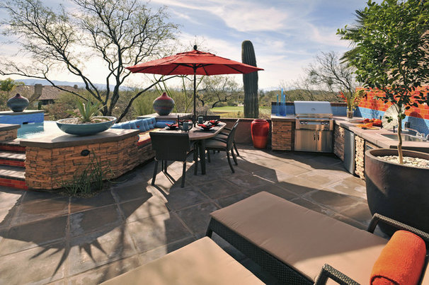 Southwestern Patio by Prideaux Design