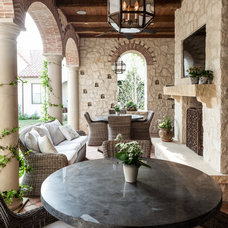Mediterranean Patio by Stocker Hoesterey Montenegro