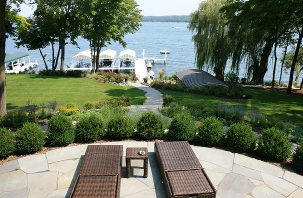 Traditional Patio by MCCORMACK & ETTEN ARCHITECTS LLP