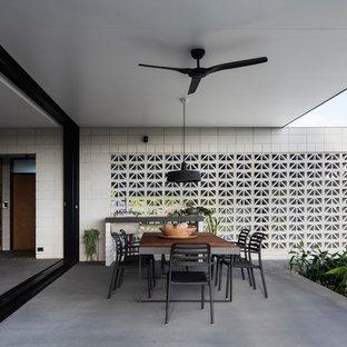 Inspiration for a contemporary patio.
