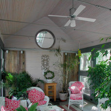 Traditional Patio by RDM Architecture