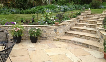 Purbeck Stone Walls and Sandstone Paving