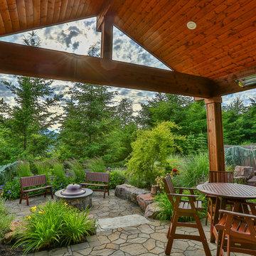 Quaint Snoqualmie Ridge Backyard Oasis