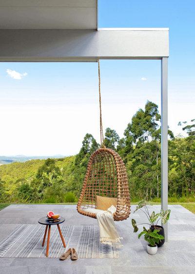 Модернизм Дворик by Norman Richards building design + interiors