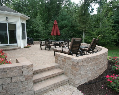 Raised Patio Ideas Best 25 Retaining Wall Patio Ideas On Pinterest Raised  Paver Patio