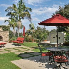 Traditional Landscape by Integration Design Studio, Landscape Architects