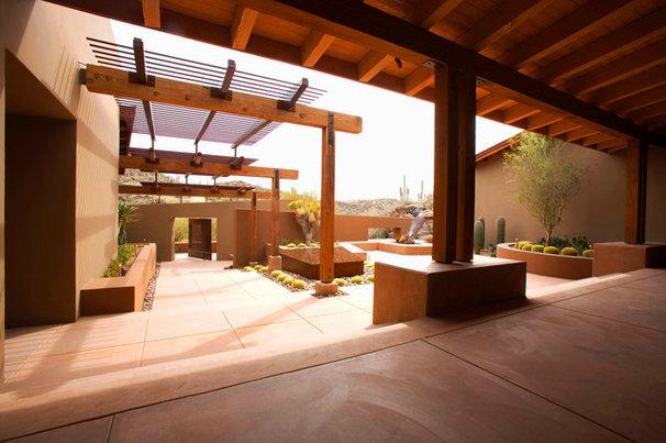 Southwestern Patio by Bianchi Design