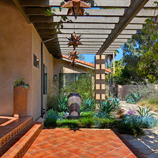 Mediterranean Patio by Shaw Coates