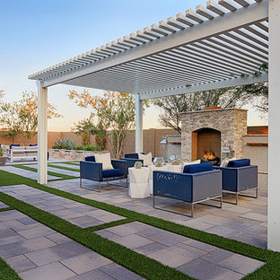 Inspiration for a contemporary backyard patio remodel in Las Vegas