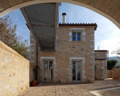 Mediterranean Patio Idea With Concrete Pavers