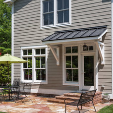 Traditional Patio by Keith Hunter & Associates, Architect