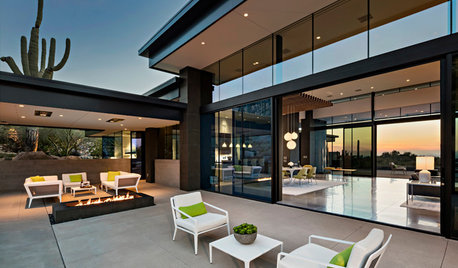 Midcentury Case Study Houses Inspire a Desert Home's Design
