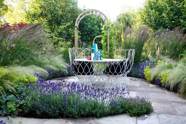 カントリー テラス・中庭 by Garden Club London Ltd