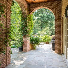 Traditional Patio by Archer & Buchanan Architecture, Ltd.