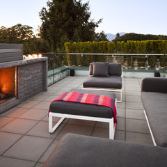 modern patio by Natural Balance Home Builders