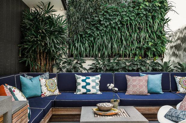 Contemporary Courtyard by Marylou Sobel Interior Design