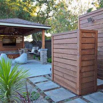 Rustic Modern Outdoor Entertainment Retreat