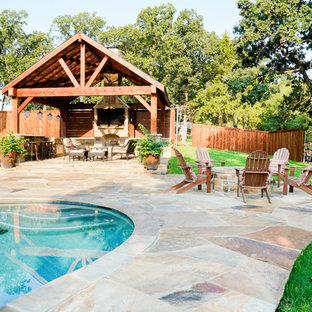 Immagine di un patio o portico stile rurale