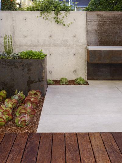 Contemporary Patio by Field Landscape Architecture