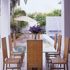 Modern Patio by San Interiors