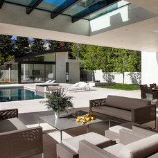 Contemporary Patio by McClean Design