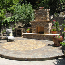 Traditional Patio by Phoenix Designs