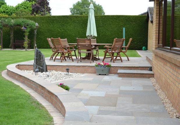 Modern Patio By Gardens Galore