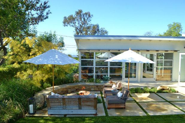 Contemporary Patio by Jeffrey Gordon Smith Landscape Architecture