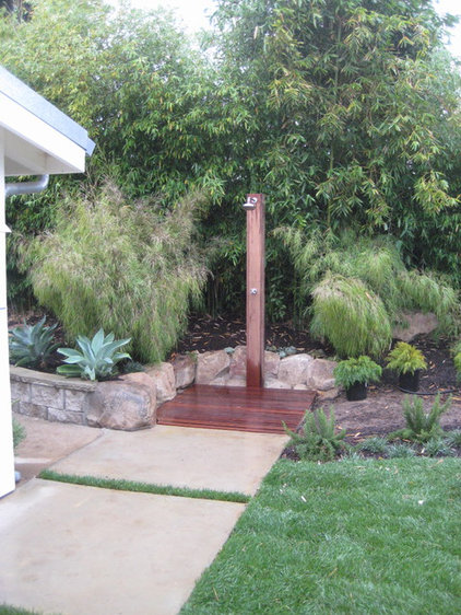 modern landscape by Jeffrey Gordon Smith Landscape Architecture