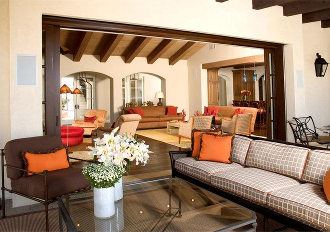 Mediterranean Patio by Friehauf Architects Inc.