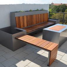 Contemporary Patio by Sarabi Studio