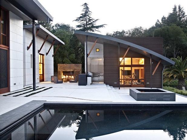 Contemporary Patio by WA Design Architects