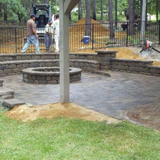 Traditional Patio by Parrot Bay Pools & Spas