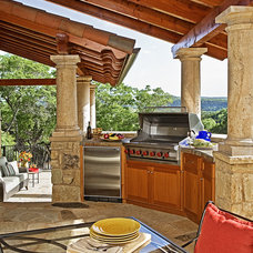 Traditional Patio by Jon Luce Builder