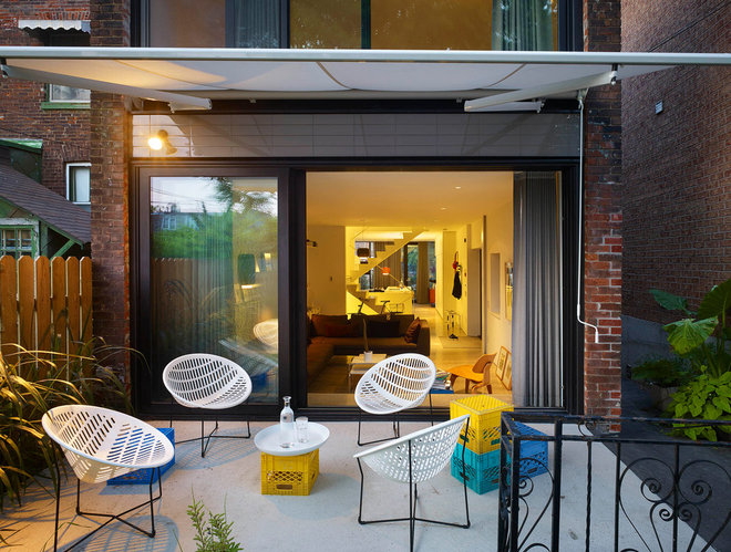 Contemporary Patio by Kohn Shnier architects