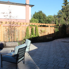 Traditional Patio by Down2Earth Garden Design