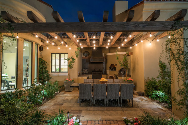 Southwestern Patio by Forte' Homes Construction LLC