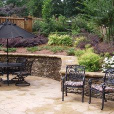 Traditional Patio by Home & Garden Design, Atlanta - Danna Cain, ASLA