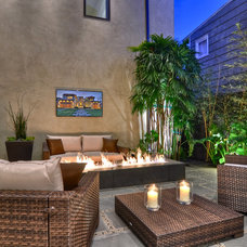 Contemporary Patio by Brandon Architects, Inc.