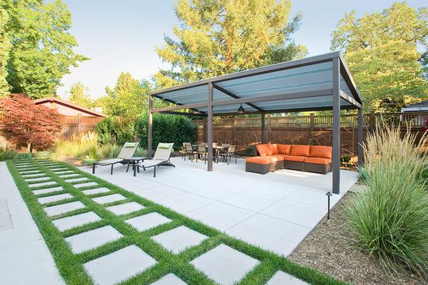 Contemporary Patio by Marcus & Willers Architects