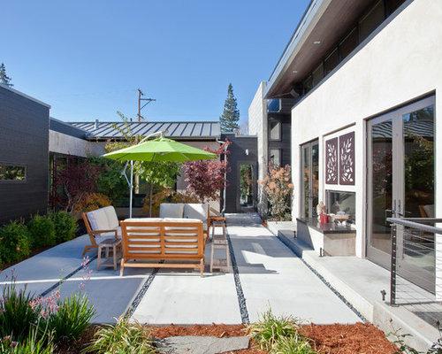 Contemporary Courtyard Covering : Modern Courtyard Home Design Ideas, Renovations & Photos