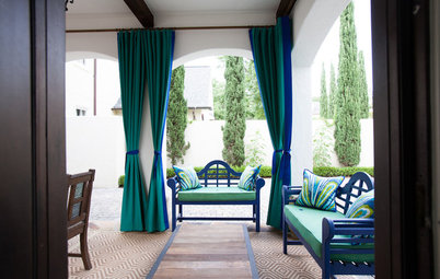 Tricks to Hanging Outdoor Curtains