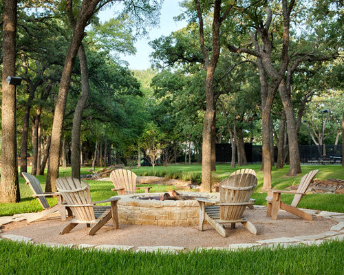 Pea gravel fire pit houzz for Gravel around fire pit