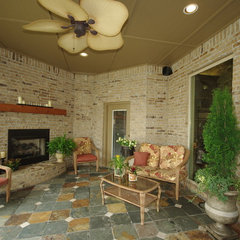 traditional patio by Huffman Construction