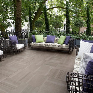 Example of a trendy patio design in Cleveland